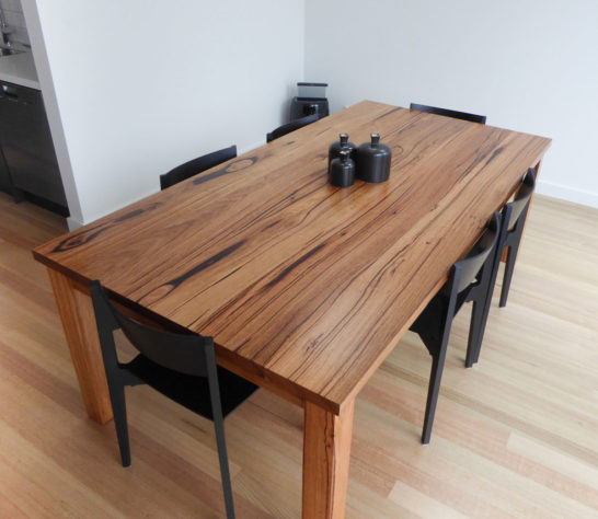 YARD Furniture Classic Dining Table