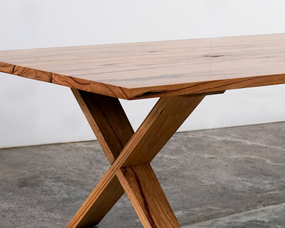 Tallulah Table